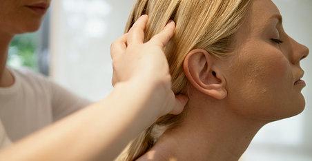 Mit o kosi: Može li masaža vlasišta da podstakne rast kose?