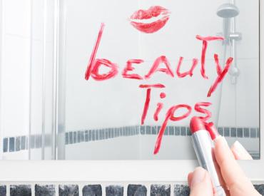 Izgledajte i osećajte se sjajno u menopauzi: Top 5 saveta za celodnevnu lepotu