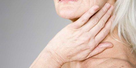 Zašto je moja koža toliko suva tokom menopauze?