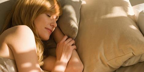 Šta se događa sa kožom kada spavamo?