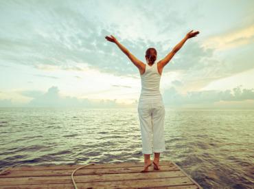 Ove 3 inspirativne i snažne žene utelovljuju sreću i eleganciju u pedesetim
